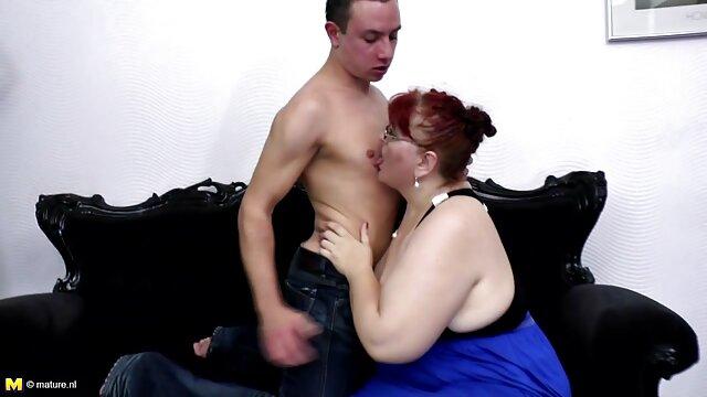 چرم-مسکن سکس با زن پستون گنده با الاغ بزرگ رز مونرو وارد