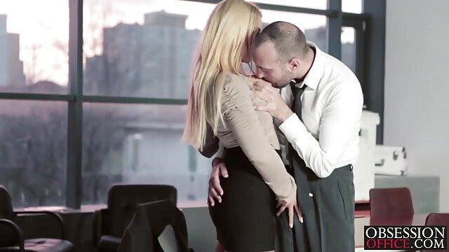 ریکا ساکورای سکس زن و شوهر عاشقانه